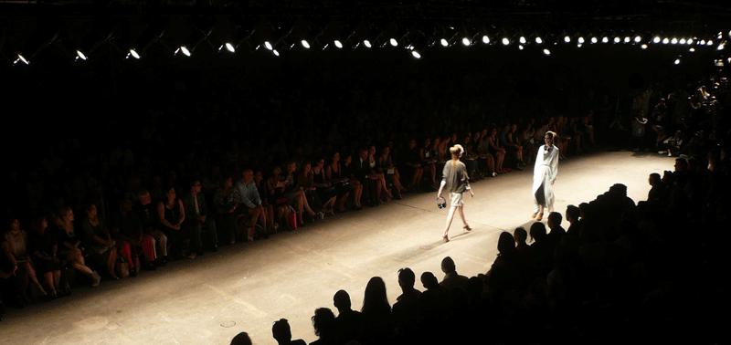 Yigal_Azrouel_Fashion_Show-beats-800x378.png