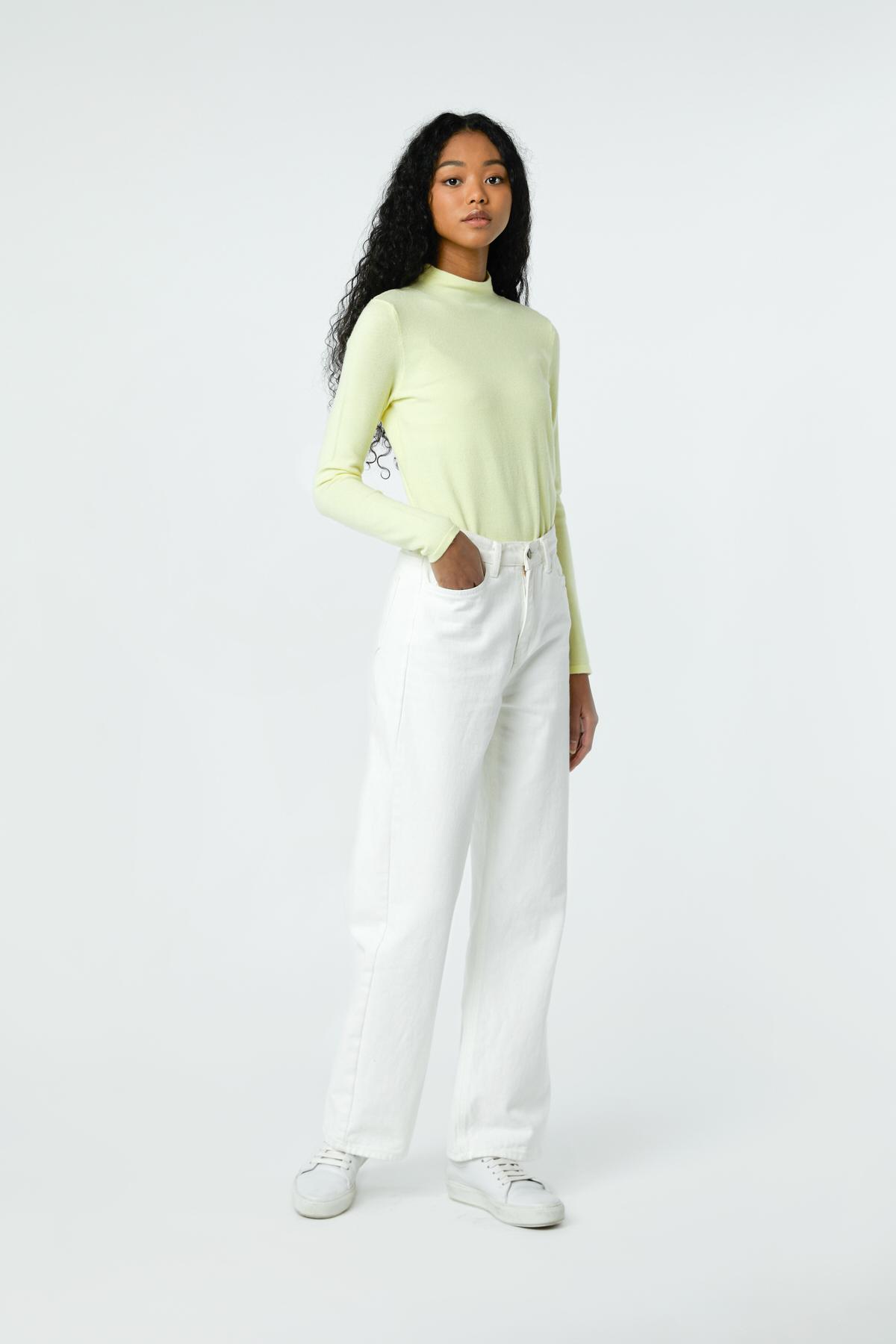 Sweater-2871_Yellow-1.jpg