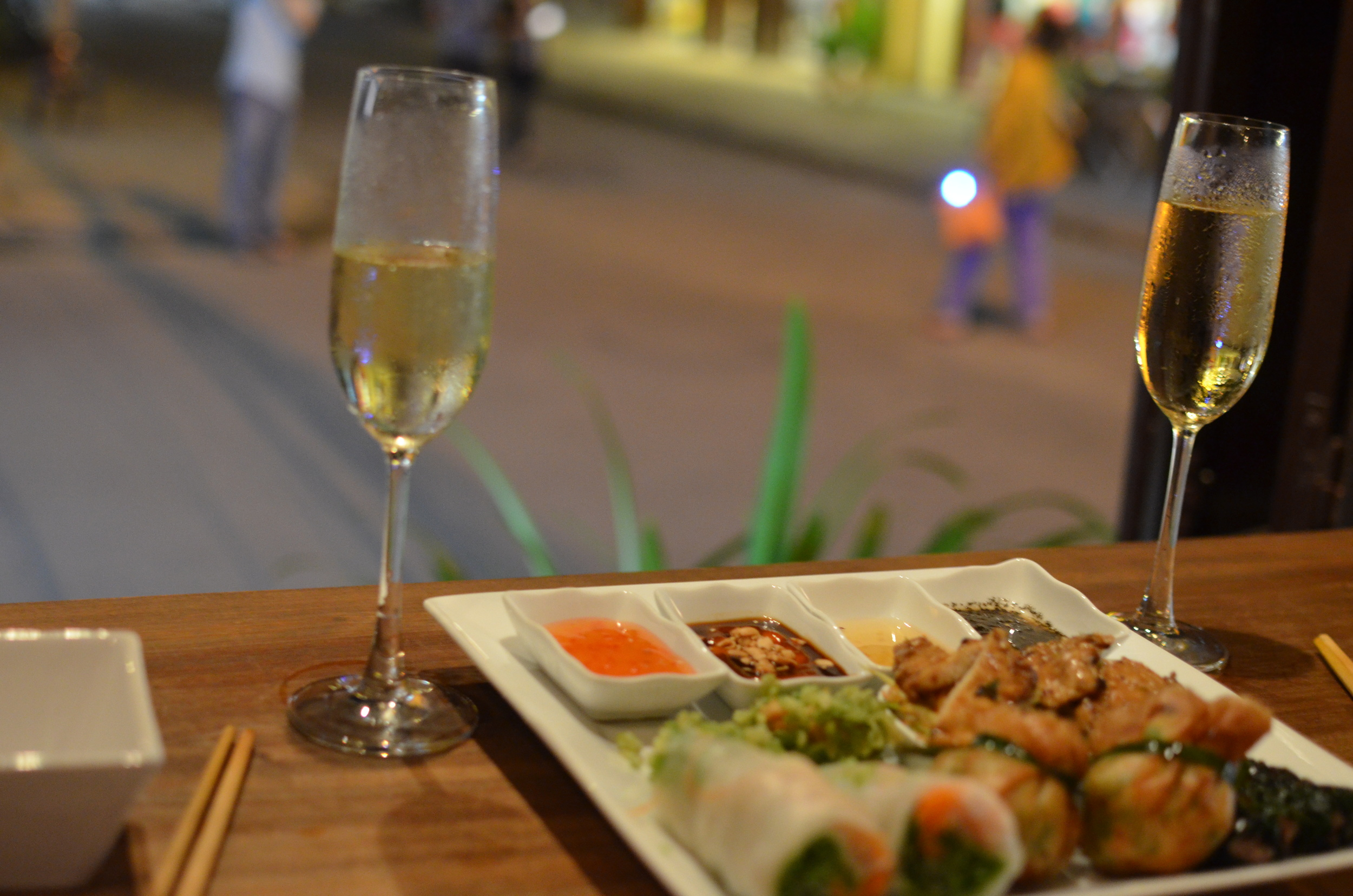 Prosecco and Vietnamese tapas at White Marble