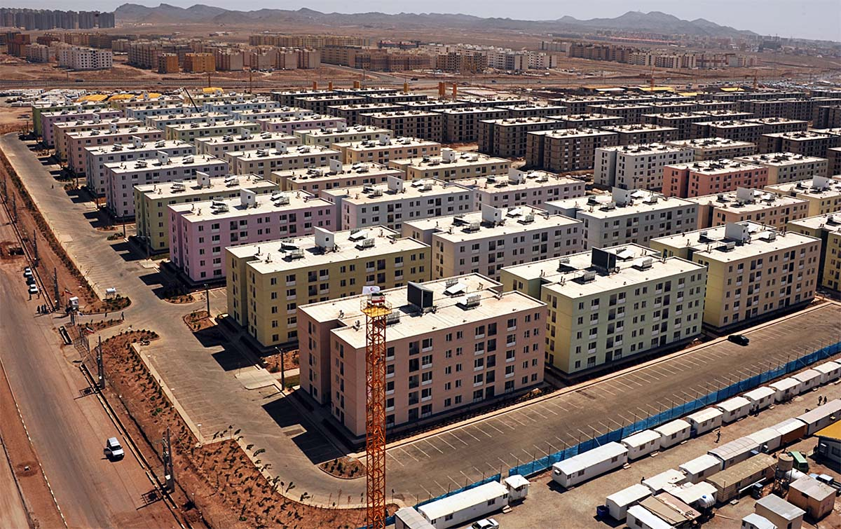 Massive social housing development in Parand, a satellite city to Tehran.