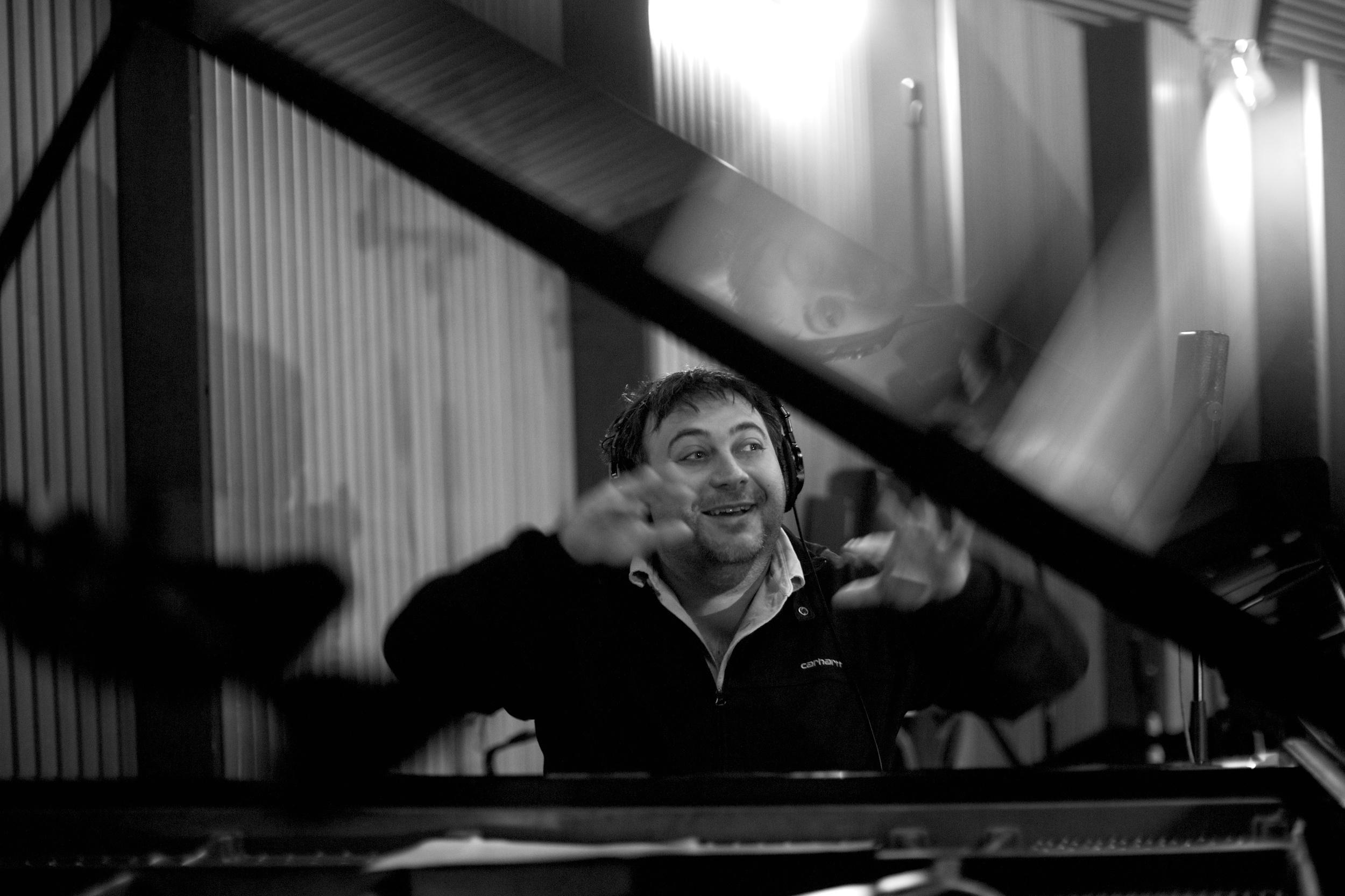 "- "" Look at my magic fingers"" Eric Legnini @Marc Obin"