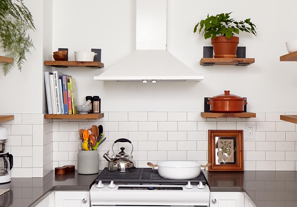 touraine-no108-kitchen-stove.png