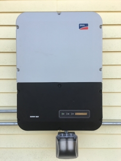 SMA SB6.0-US Grid Tie Inverter with 2 kW Secure Power Supply.