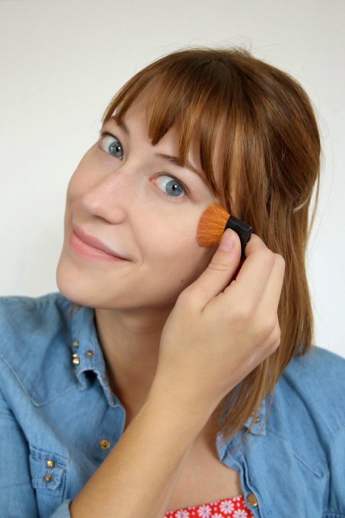 basic-everyday-makeup-routine-favorites-powder.jpg
