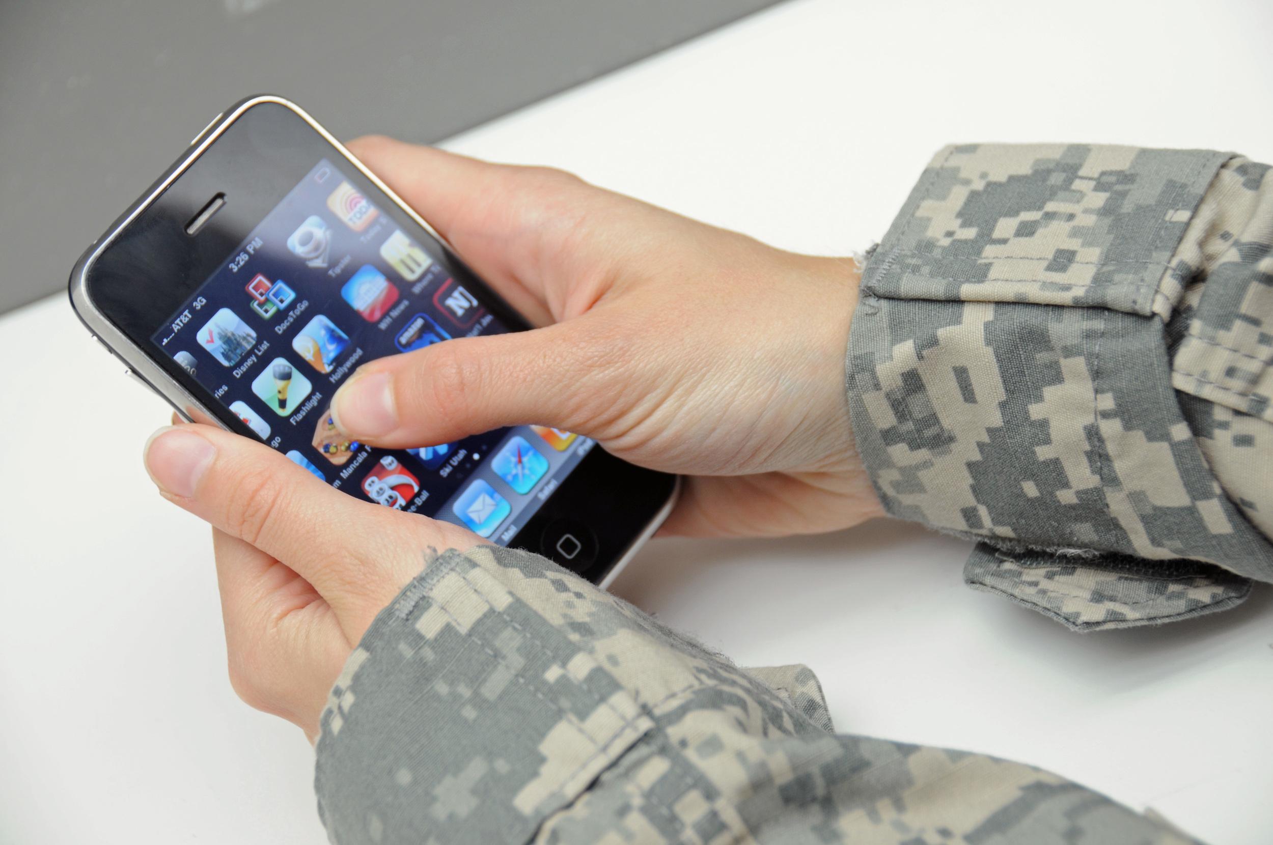 soldier_iPhone.jpg