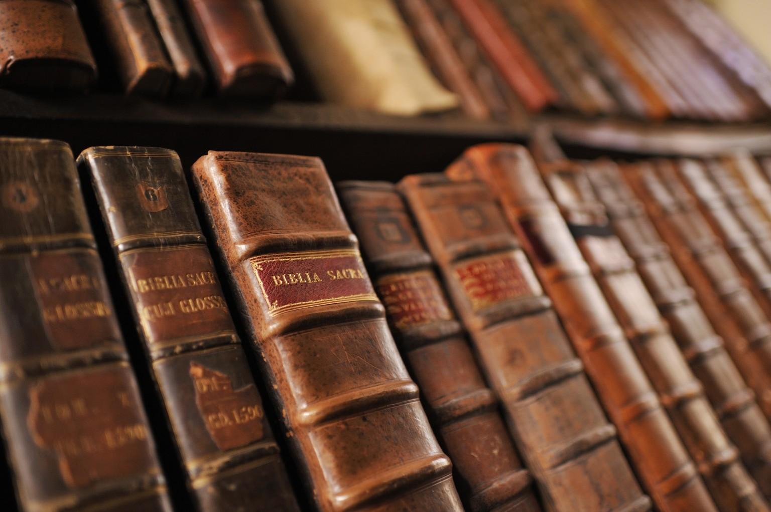 o-OLD-BOOKS-facebook.jpg