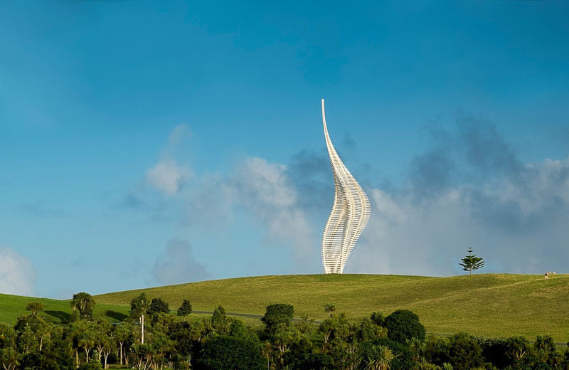 GERRY JUDAH'S MONUMENTAL 34M (H) STEEL SCULPTURE JACOBS'S LADDER HAS BEEN PERMANENTLY INSTALLED IN GIBBS FARM SCULPTURE PARK (NEW ZEALAND). THE WORK WILL SIT ALONGSIDE SCULPTURES BY ANISH KAPOOR, RICHARD SERRA, DANIEL BUREN AMONGST OTHERS.   February 2018