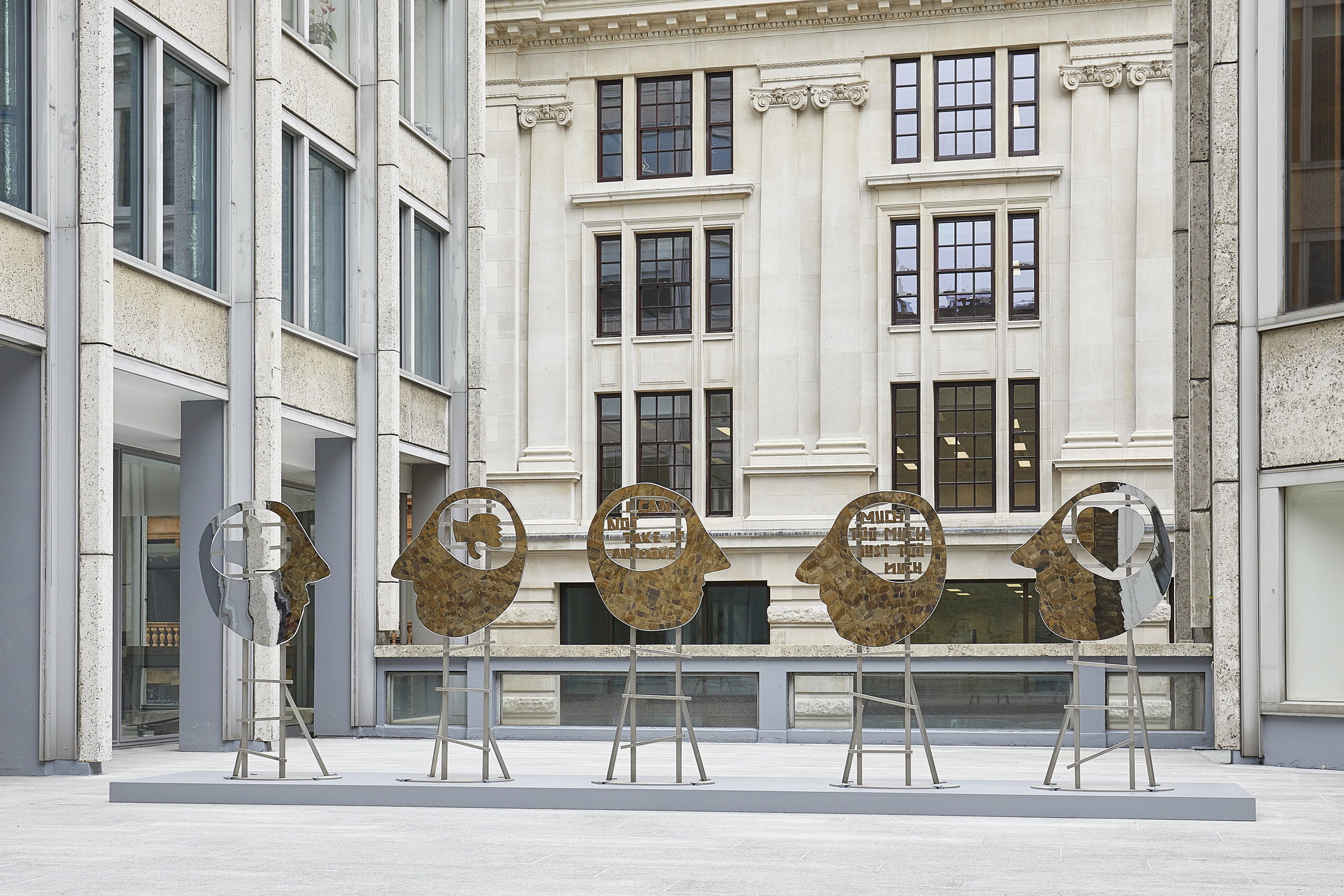 'HEADS' BY OLAF BREUNING INSTALLED IN SMITHSON PLAZA ST JAMES'S IN COLLABORATION WITH CASS SCULPTURE FOUNDATION AND METRO PICTURES.   READ FEATURE IN WALLPAPER MAGAZINE   June 2018