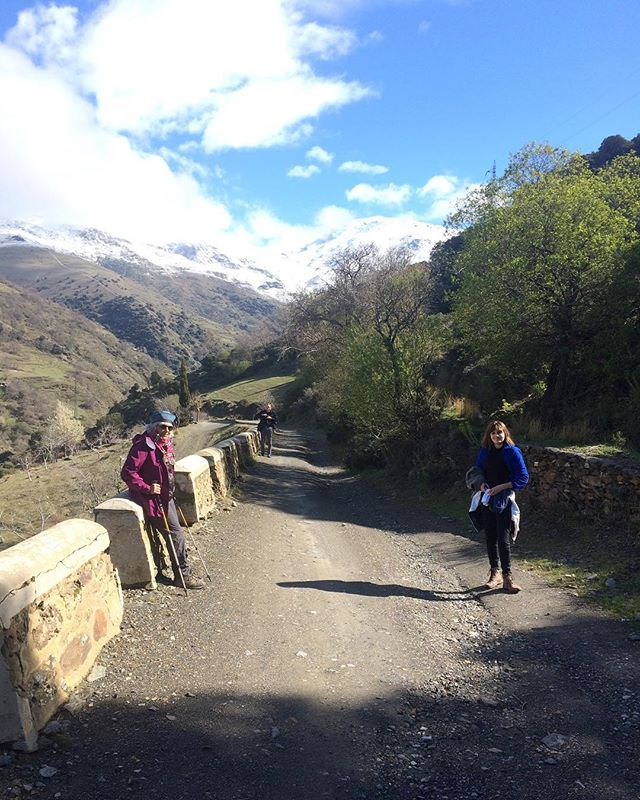 The great ascent! Family walking in Alpujarras. @mayacasp @conrad_caspari #walking #everest? #alpujarras