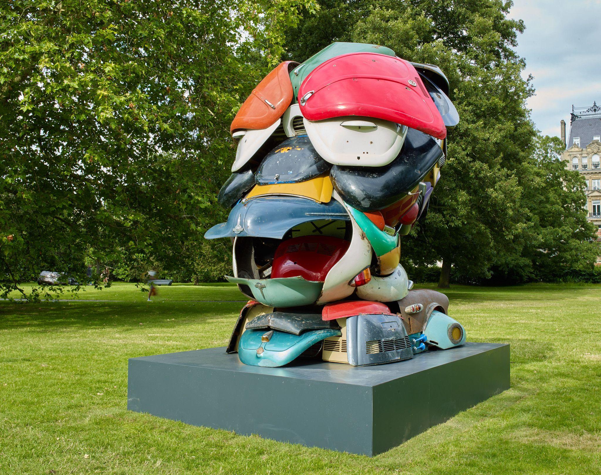 Autonomous Morris Selected for Frieze Sculpture