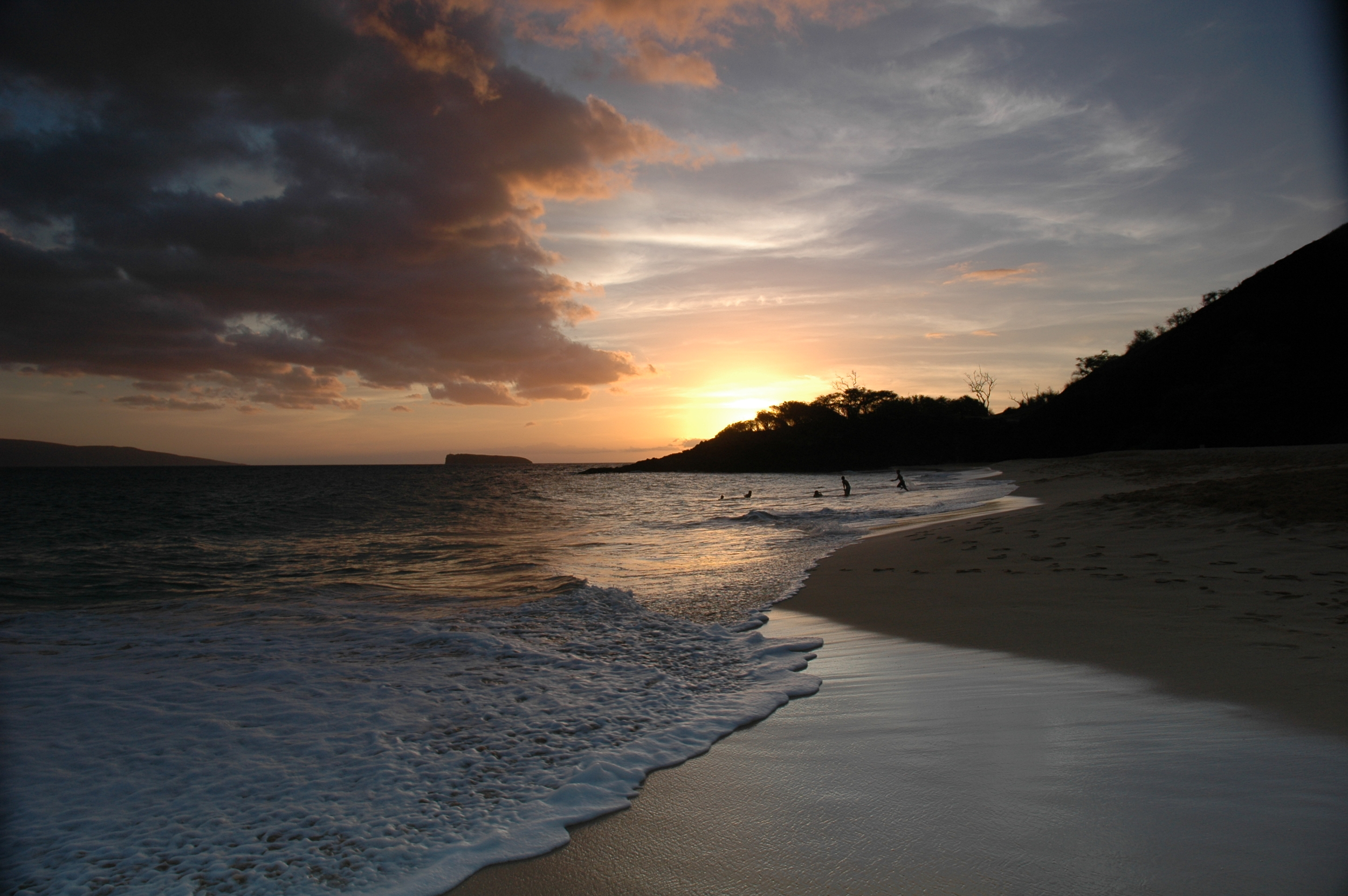 Sunset at Big Beach, Makena