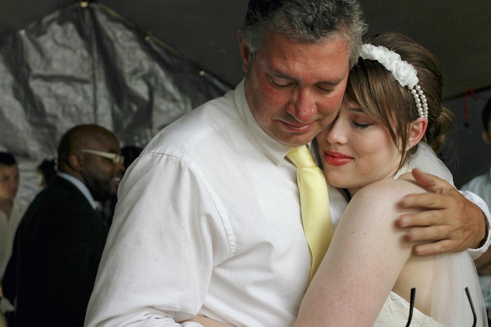 backyard-wedding-photos-in-galax-virginia_0013.jpg