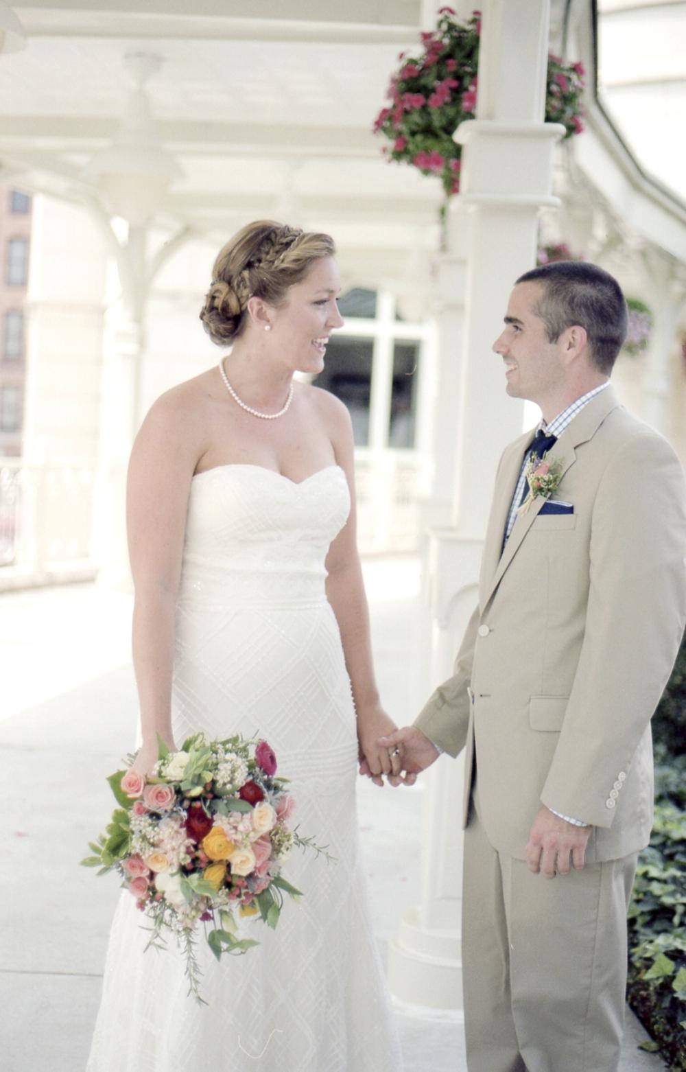 boxtree-lodge-vinton-wedding-photos_0005.jpg