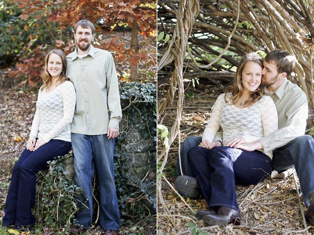 virginia-tech-duck-pond-engagement-photos_0006.jpg