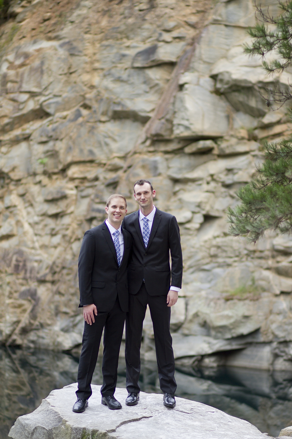 north_carolina_rock_quarry_wedding_carrigan_farms01.jpg