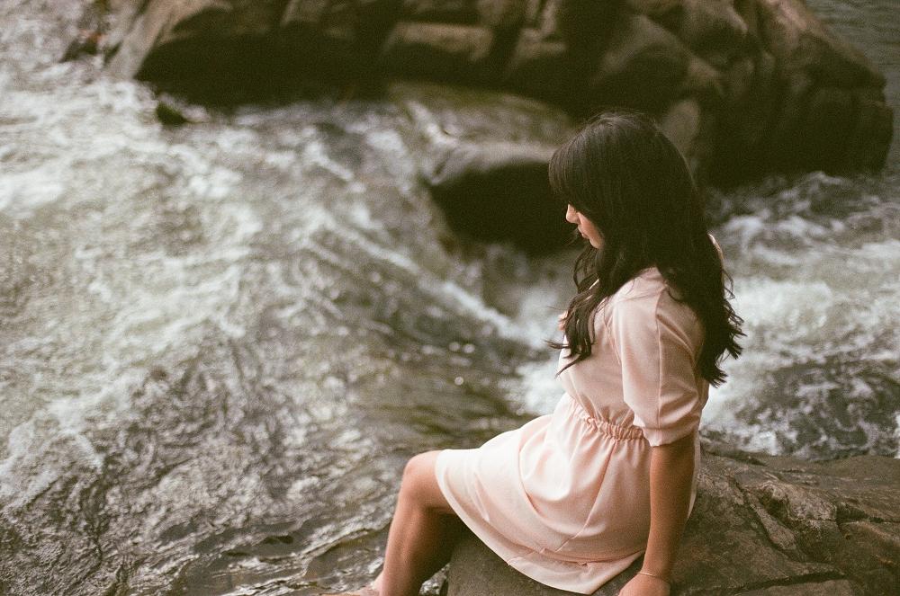 creative-film-photography-mermaidens-portrait-series-by-holly-cromer-03.jpg