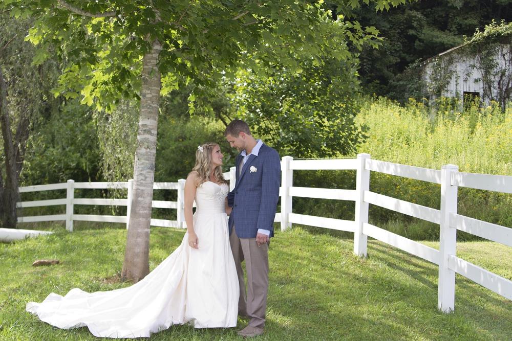 stillhouse-manor-wedding-photos-09.jpg