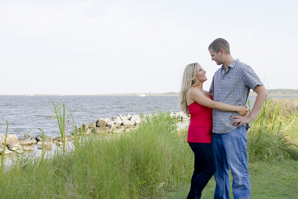 outer-banks-nags-head-engagement-photos-01.jpg