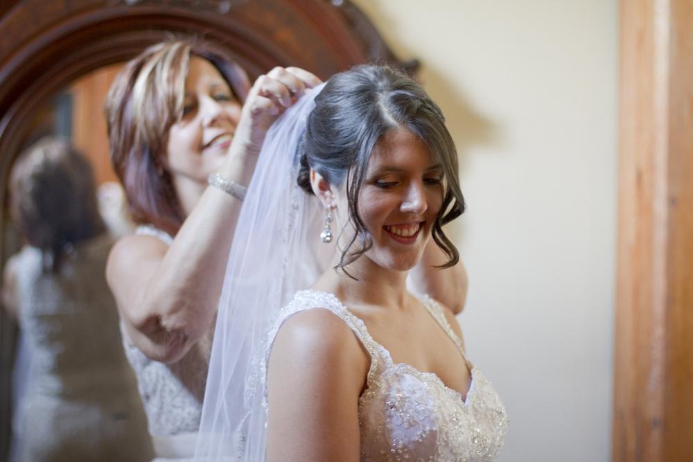 chateau-morisette-wedding-photos-01.jpg