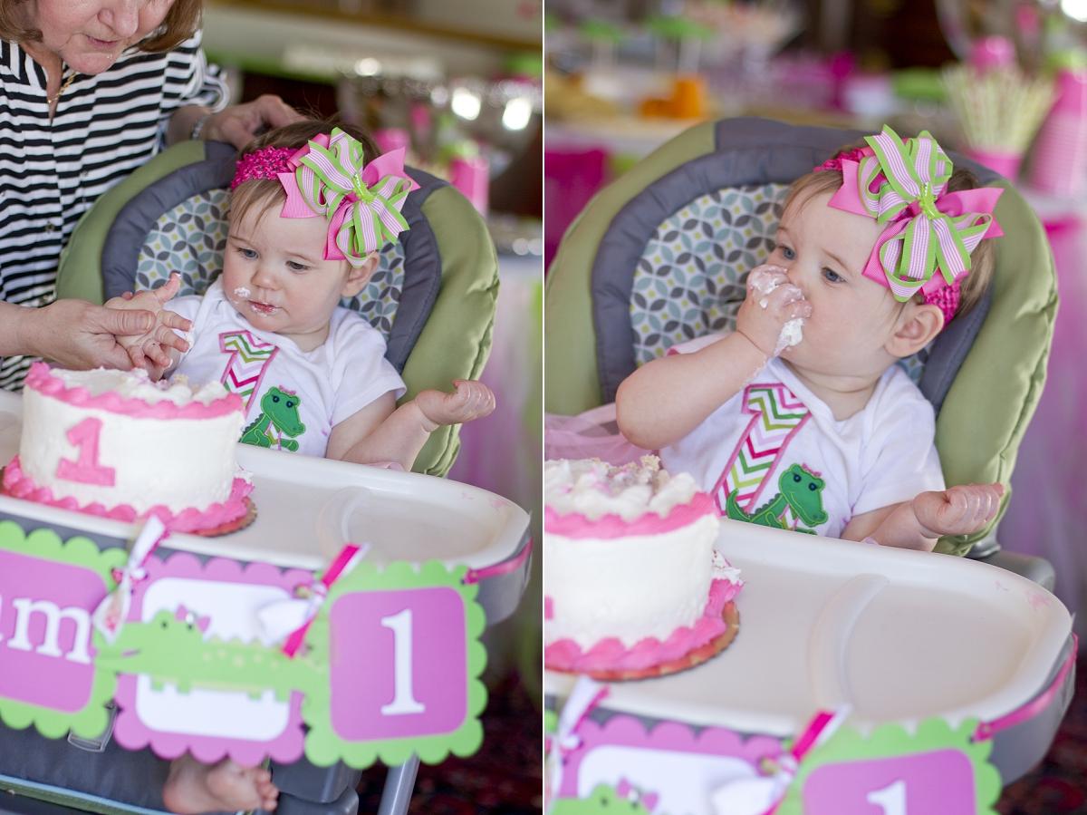 First-Birthday-Cake-Smash-005.jpg