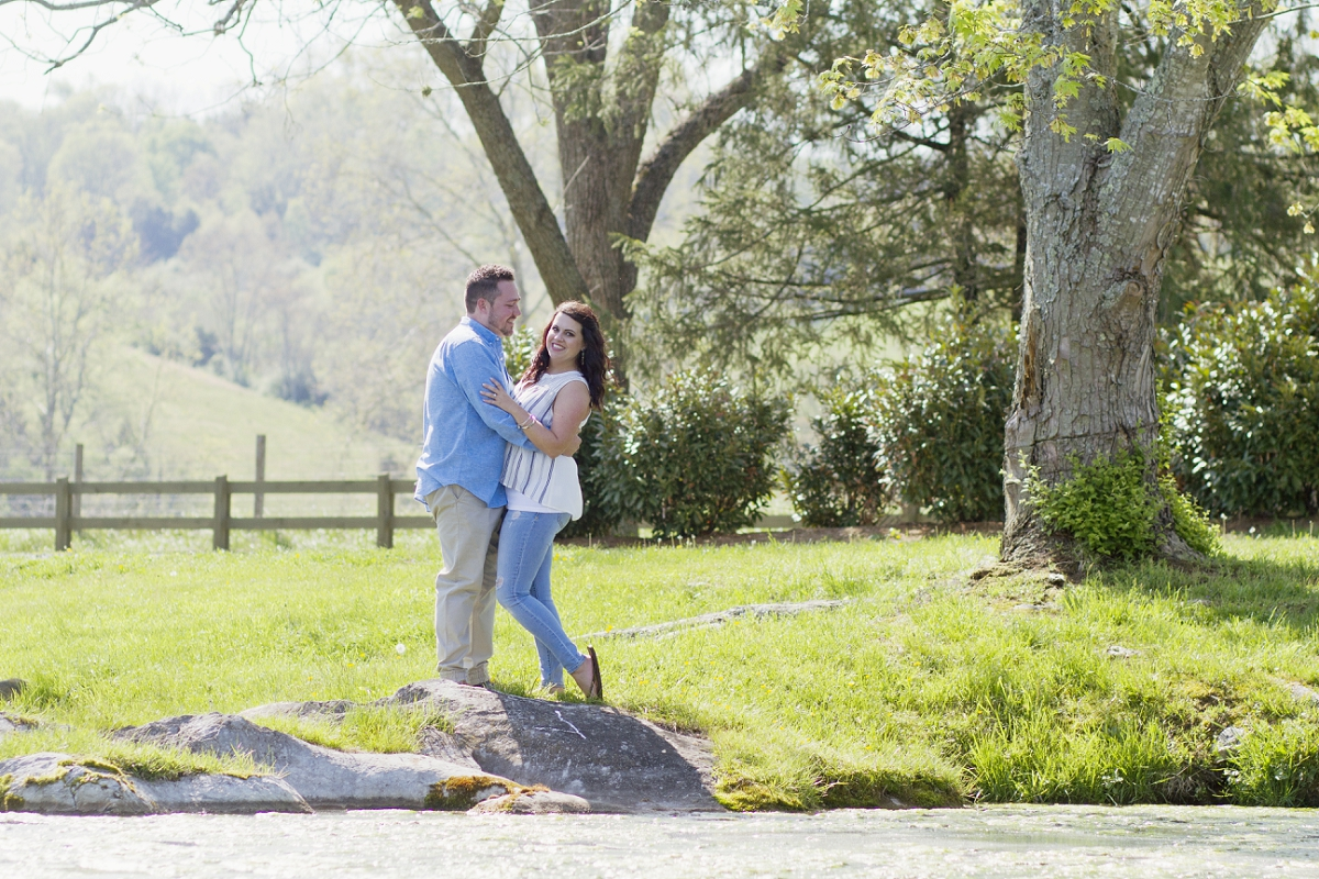 Big-Spring-Farm-Lexington-Engagement-Photos-_0012.jpg