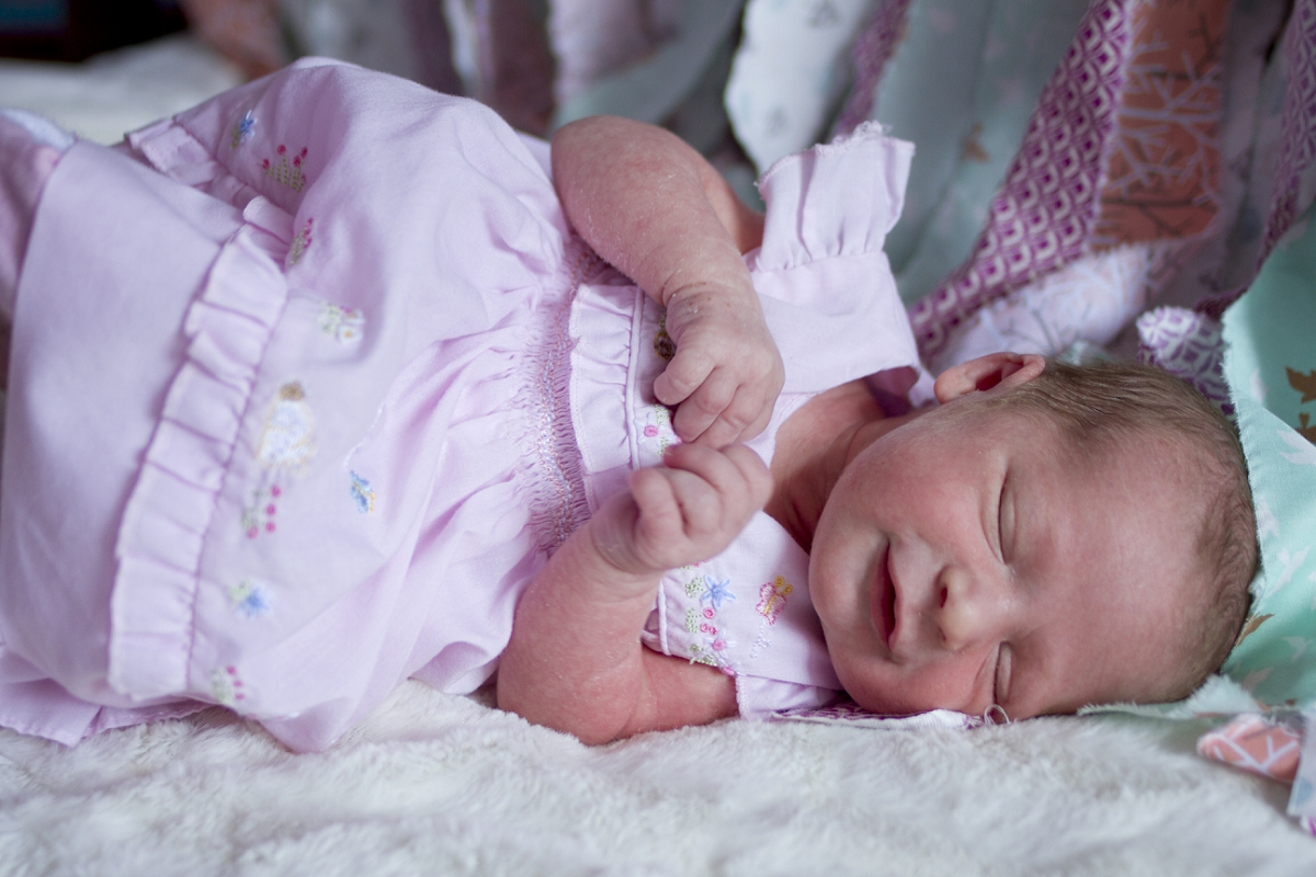 Roanoke-Newborn-Photography-_0005.jpg