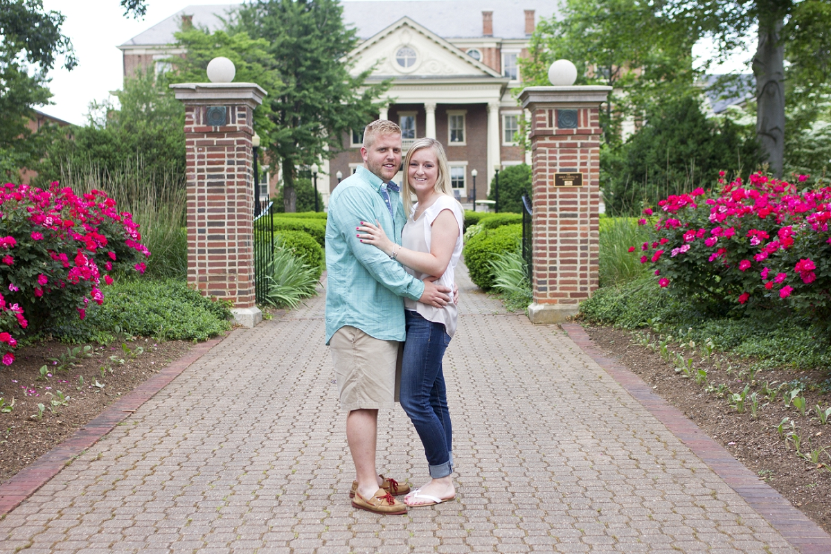 Roanoke-College-Engagement-Photos-_0003.jpg