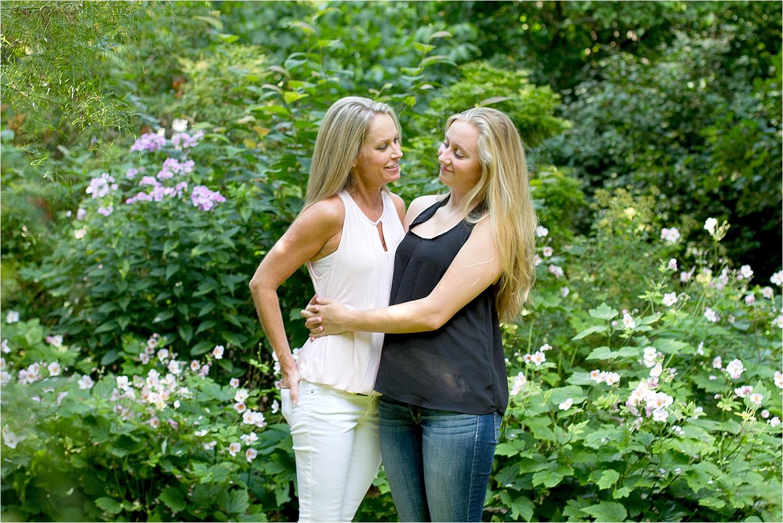 Blacksburg-Mother-Daughter-Portraits-at-Virginia-Tech-0009.jpg