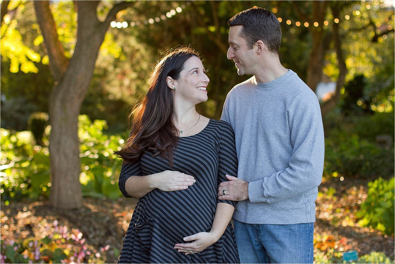 Blacksburg-Maternity-Photos-Portrait-Photographer-_0012.jpg