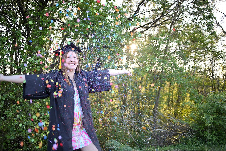 Blacksburg-Senior-Portrait-Photographer-Nursing-School-Graduation-Photos-_0017.jpg