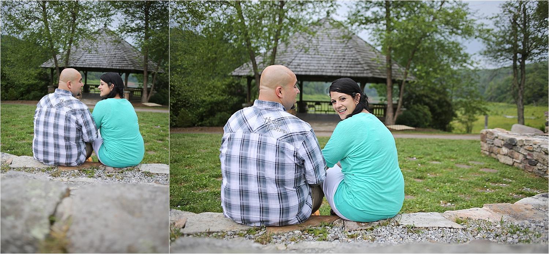 Mountain-Lake-Engagement-Photos-_0010.jpg