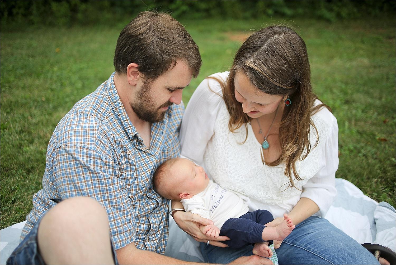 Blacksburg-Baby-Photographer_0005.jpg