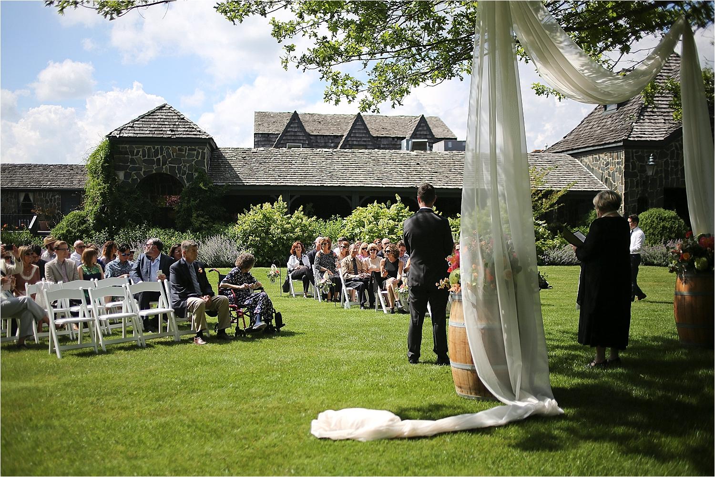 Chateau-Morrisette-Winery-Vineyard-Virginia-Wedding-Photos-_0005.jpg