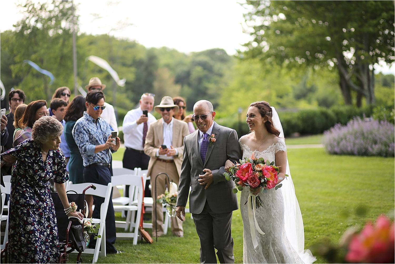 Chateau-Morrisette-Winery-Vineyard-Virginia-Wedding-Photos-_0007.jpg