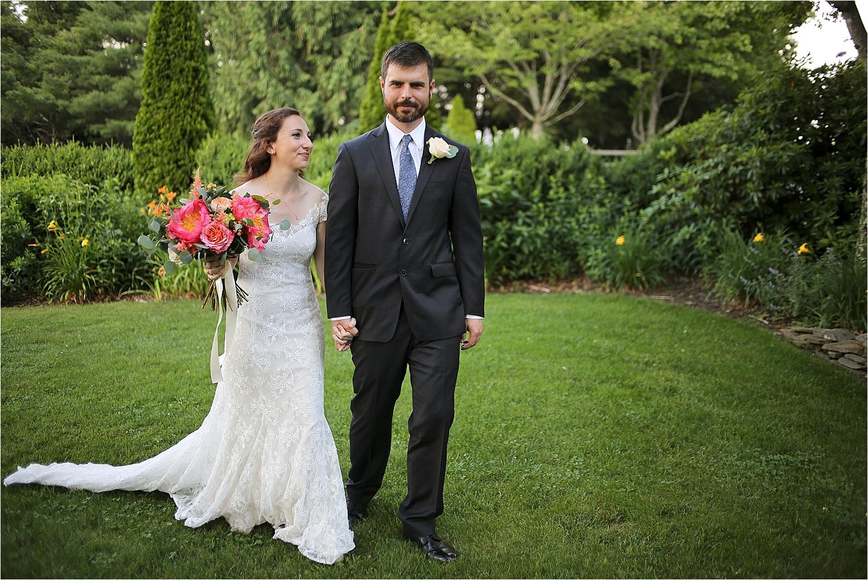 Chateau-Morrisette-Winery-Vineyard-Virginia-Wedding-Photos-_0015.jpg