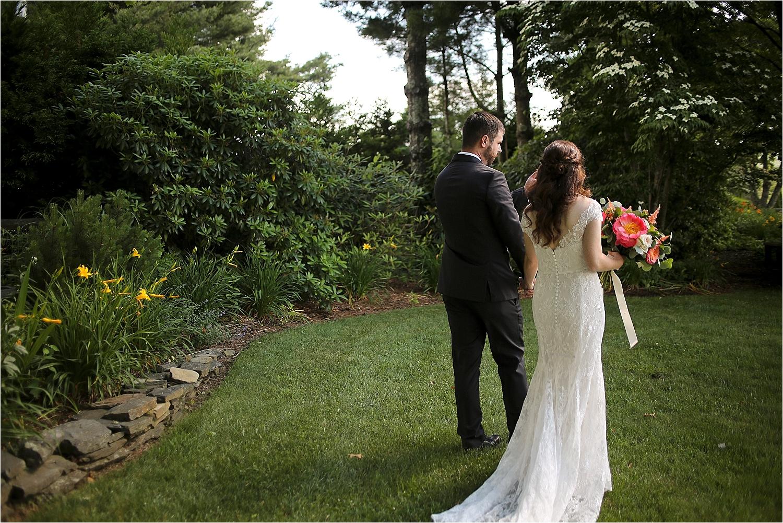 Chateau-Morrisette-Winery-Vineyard-Virginia-Wedding-Photos-_0018.jpg