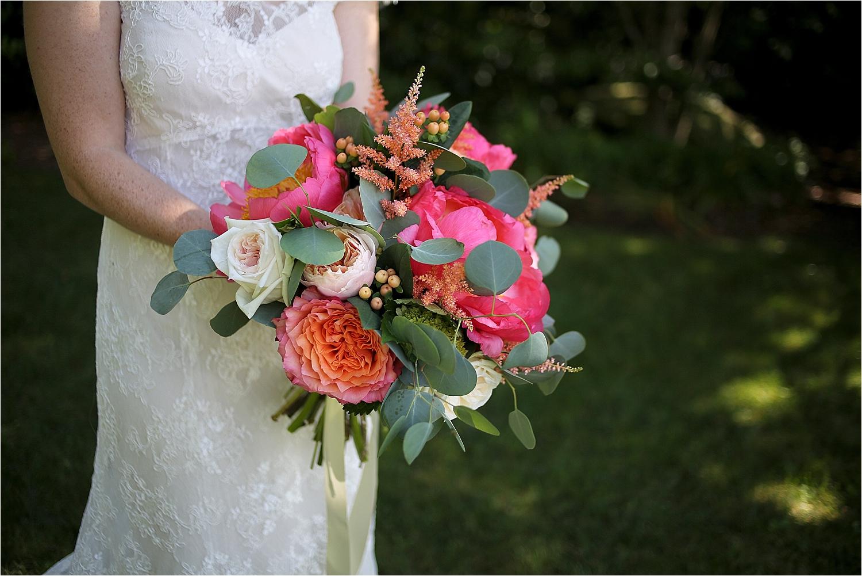 Chateau-Morrisette-Winery-Vineyard-Virginia-Wedding-Photos-_0020.jpg