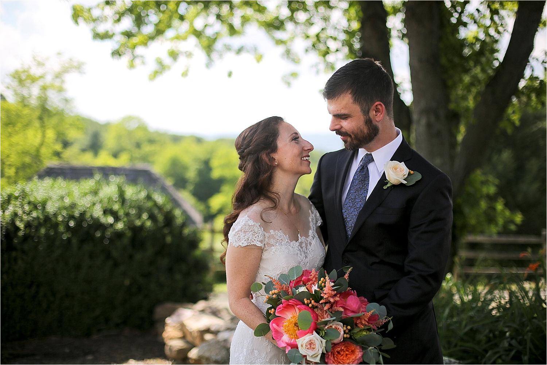 Chateau-Morrisette-Winery-Vineyard-Virginia-Wedding-Photos-_0023.jpg