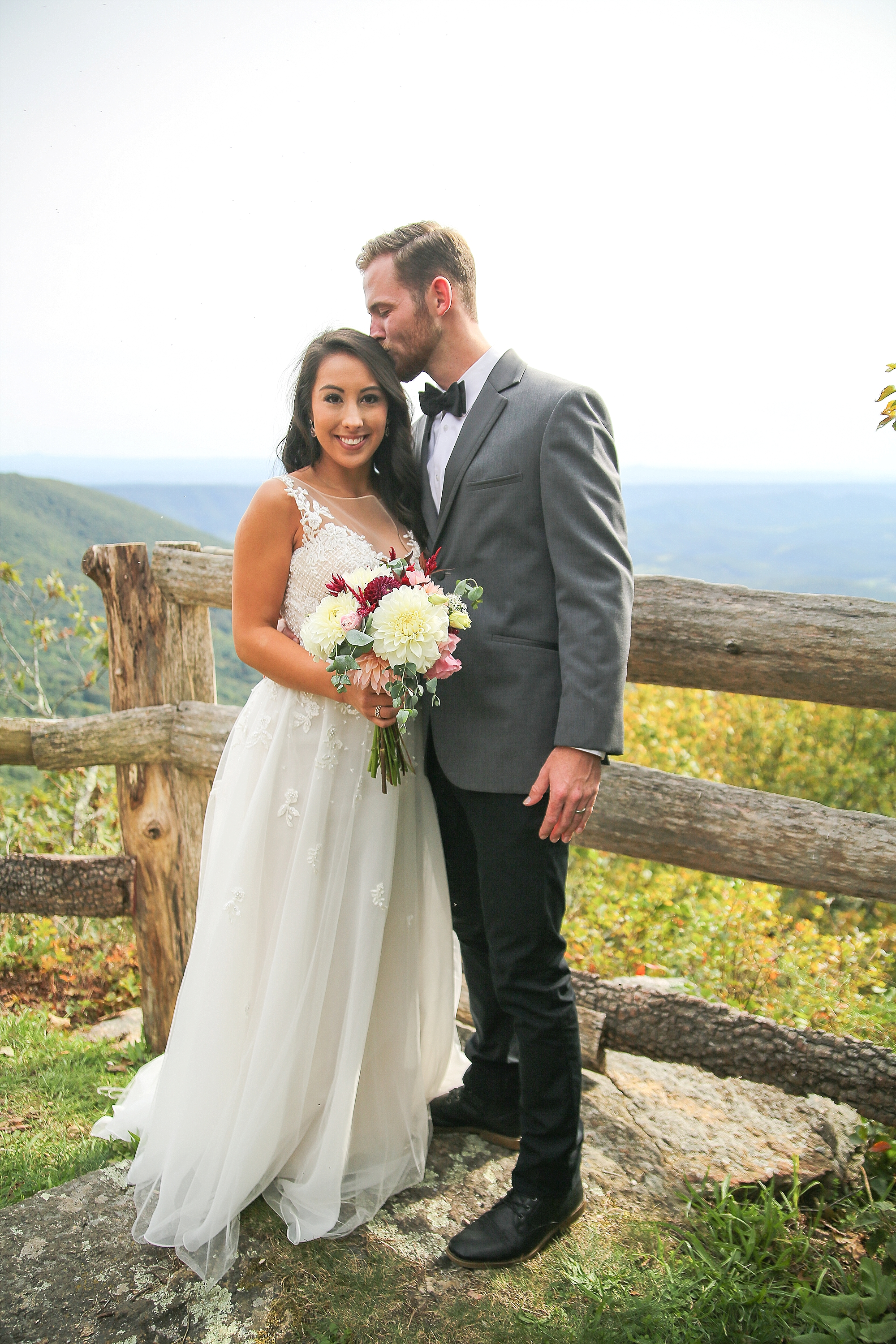 Mountain Lake Lodge Styled Wedding Photos | Virginia Wedding Photographer