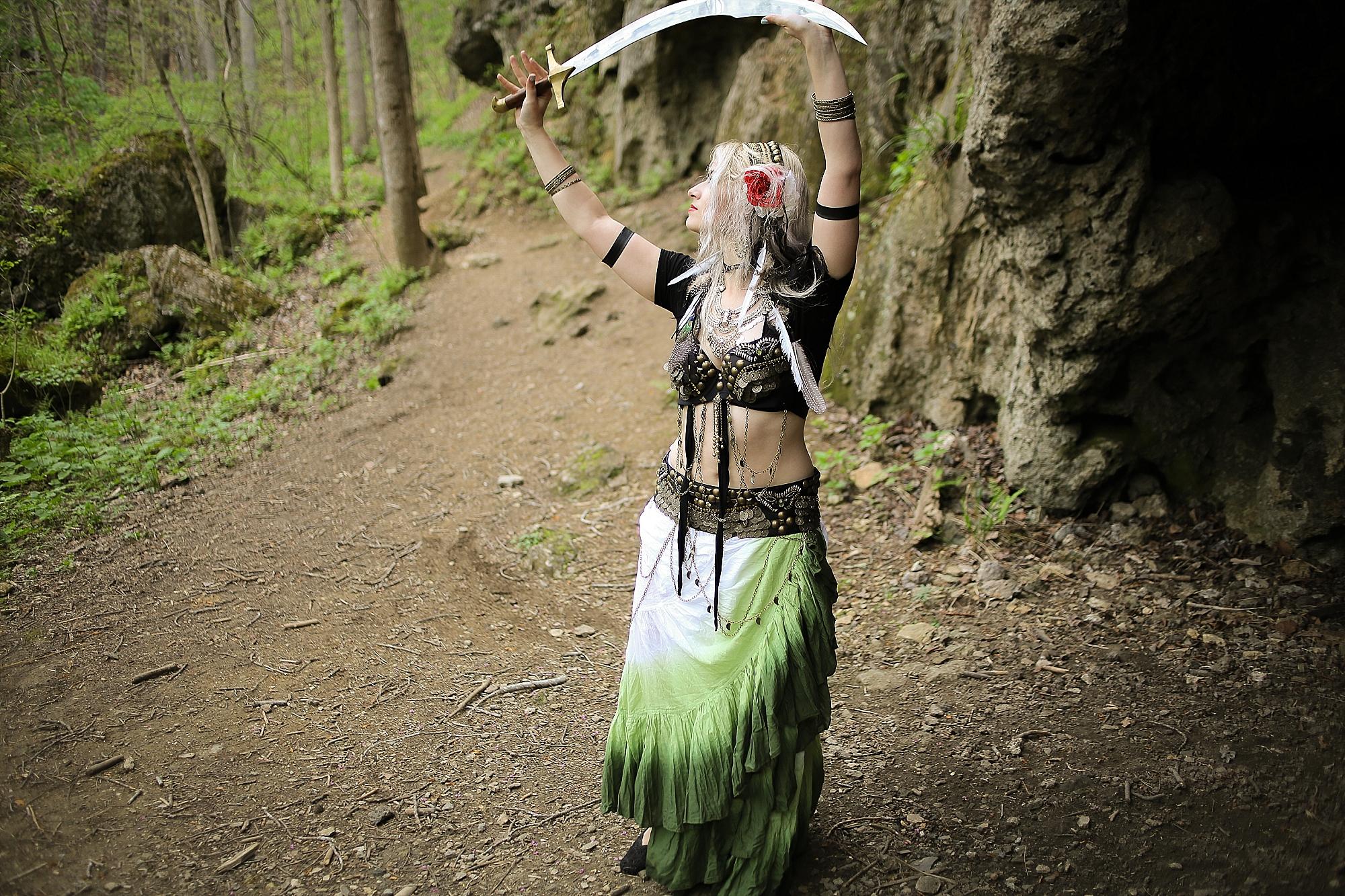 Belly-Dancing-Photos-Outdoors-Blacksburg-Creative-Portrait-Photographer_0008.jpg