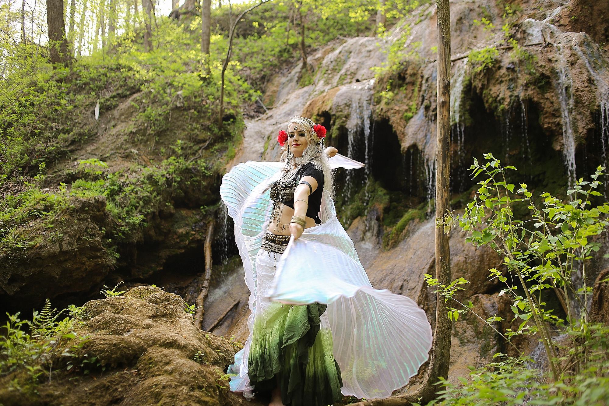 Belly-Dancing-Photos-Outdoors-Blacksburg-Creative-Portrait-Photographer_0022.jpg