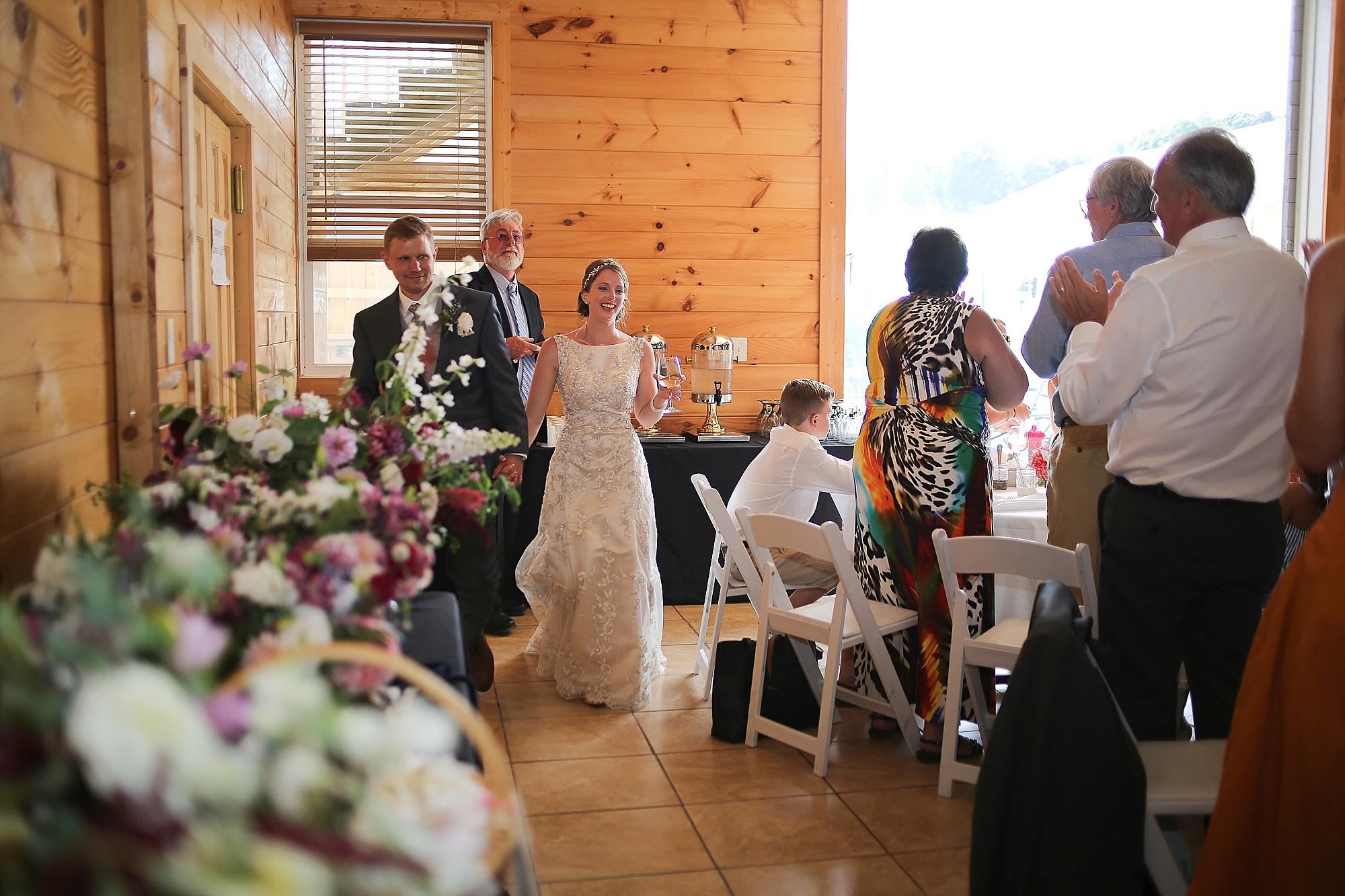 Beliveau-Estate-Winery-Wedding-Photos-Blacksburg-Wedding-Photographers_0053.jpg