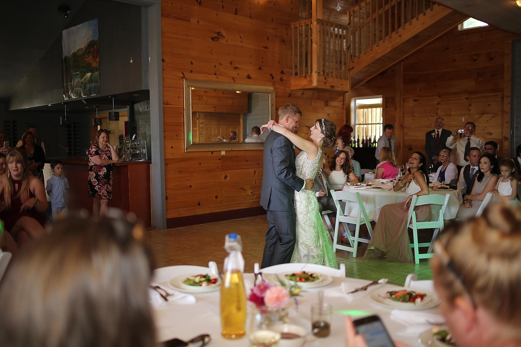 Beliveau-Estate-Winery-Wedding-Photos-Blacksburg-Wedding-Photographers_0055.jpg