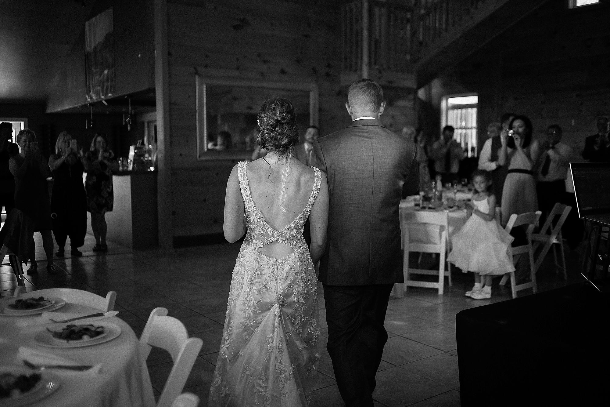 Jason + Cassie's Beliveau Estate Winery Wedding | Photo by Blacksburg, Virginia Wedding Photographer Holly Cromer