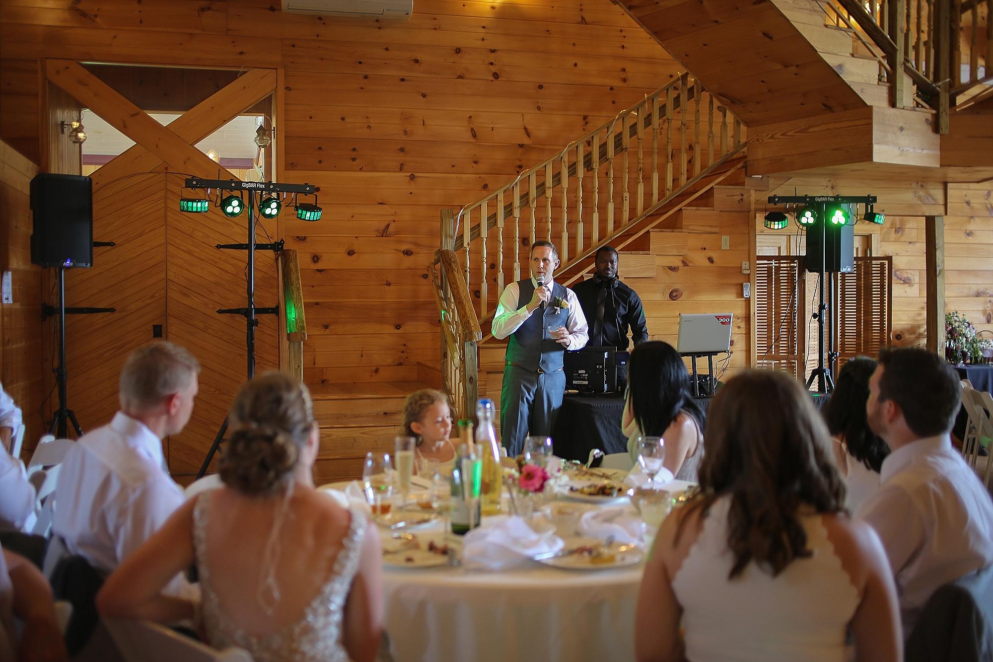 Beliveau-Estate-Winery-Wedding-Photos-Blacksburg-Wedding-Photographers_0059.jpg