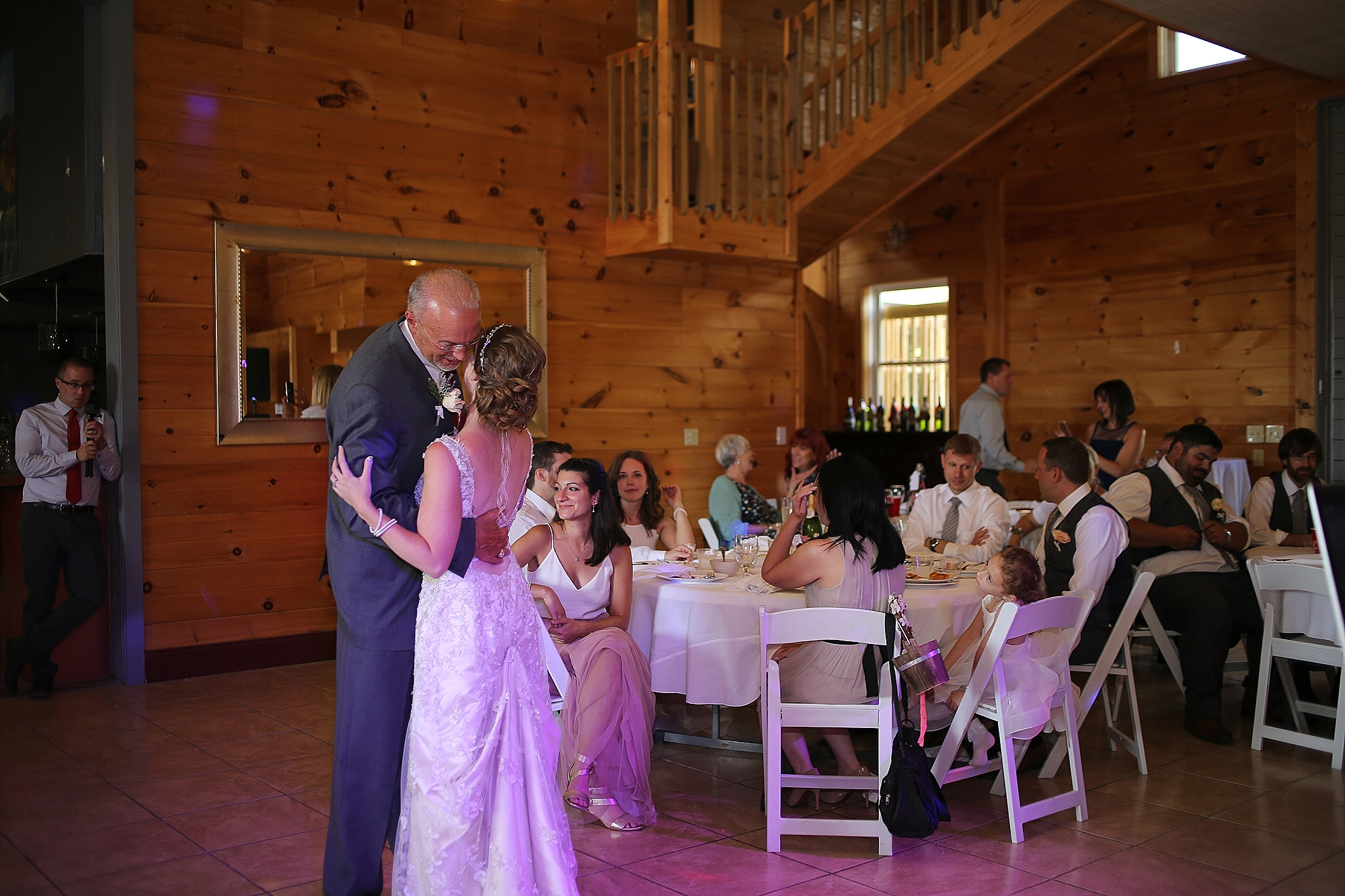 Beliveau-Estate-Winery-Wedding-Photos-Blacksburg-Wedding-Photographers_0064.jpg