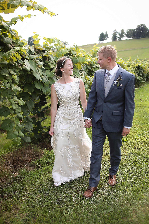 Beliveau-Estate-Winery-Wedding-Photos-Blacksburg-Wedding-Photographers_0072.jpg