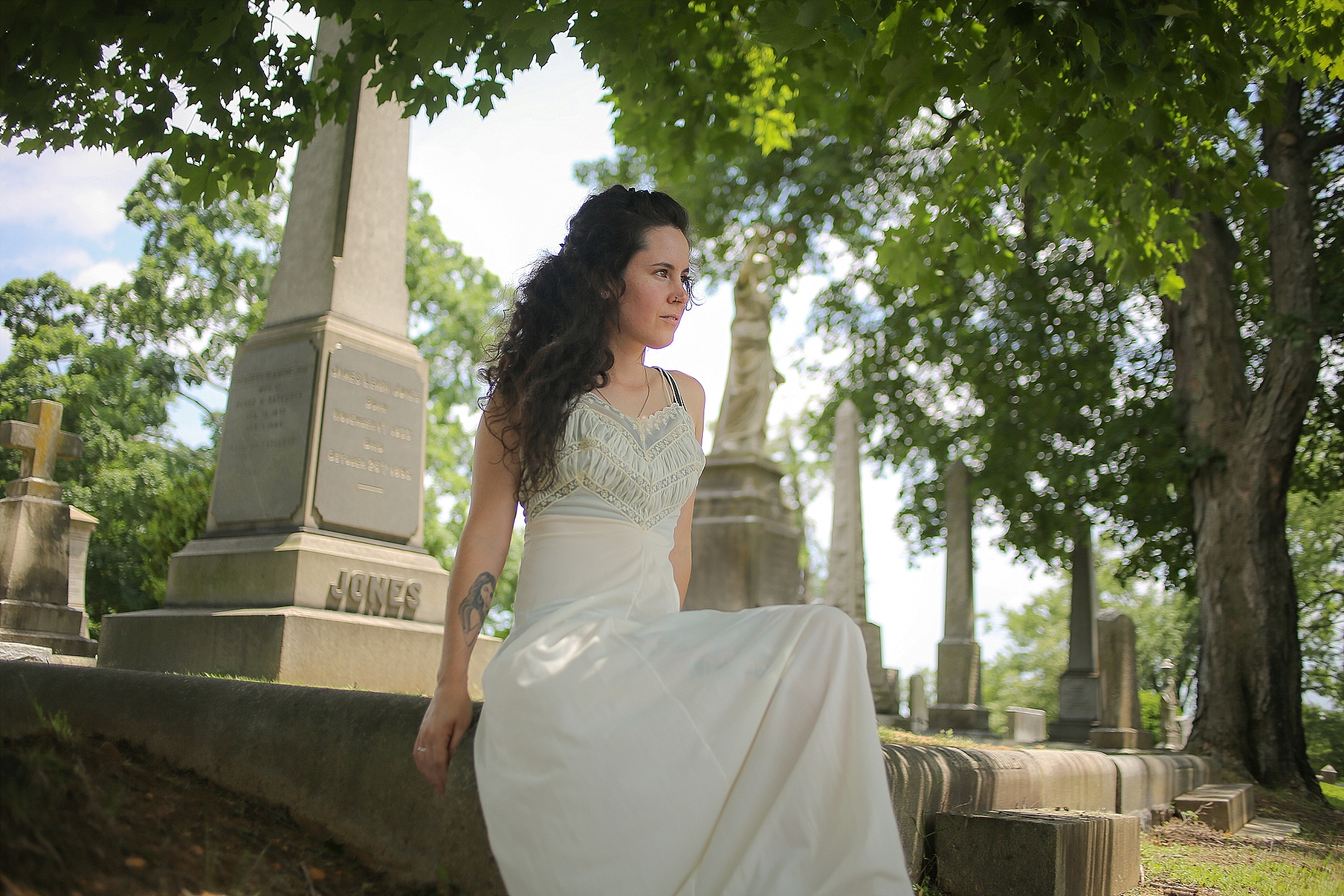 Walking with a Ghost | Hollywood Cemetery, Richmond, Virginia