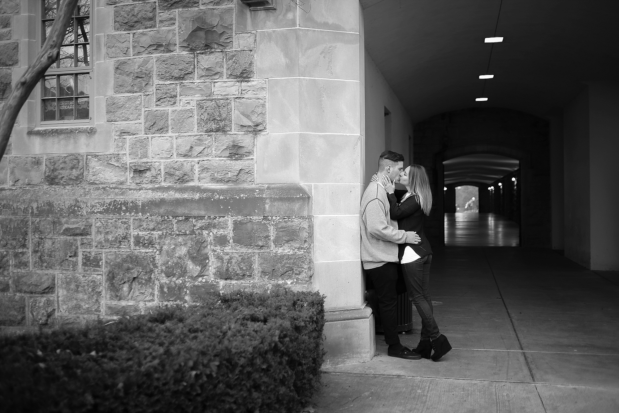 Blacksburg-Virginia-Tech-Winter-Engagement-Photos_0014.jpg