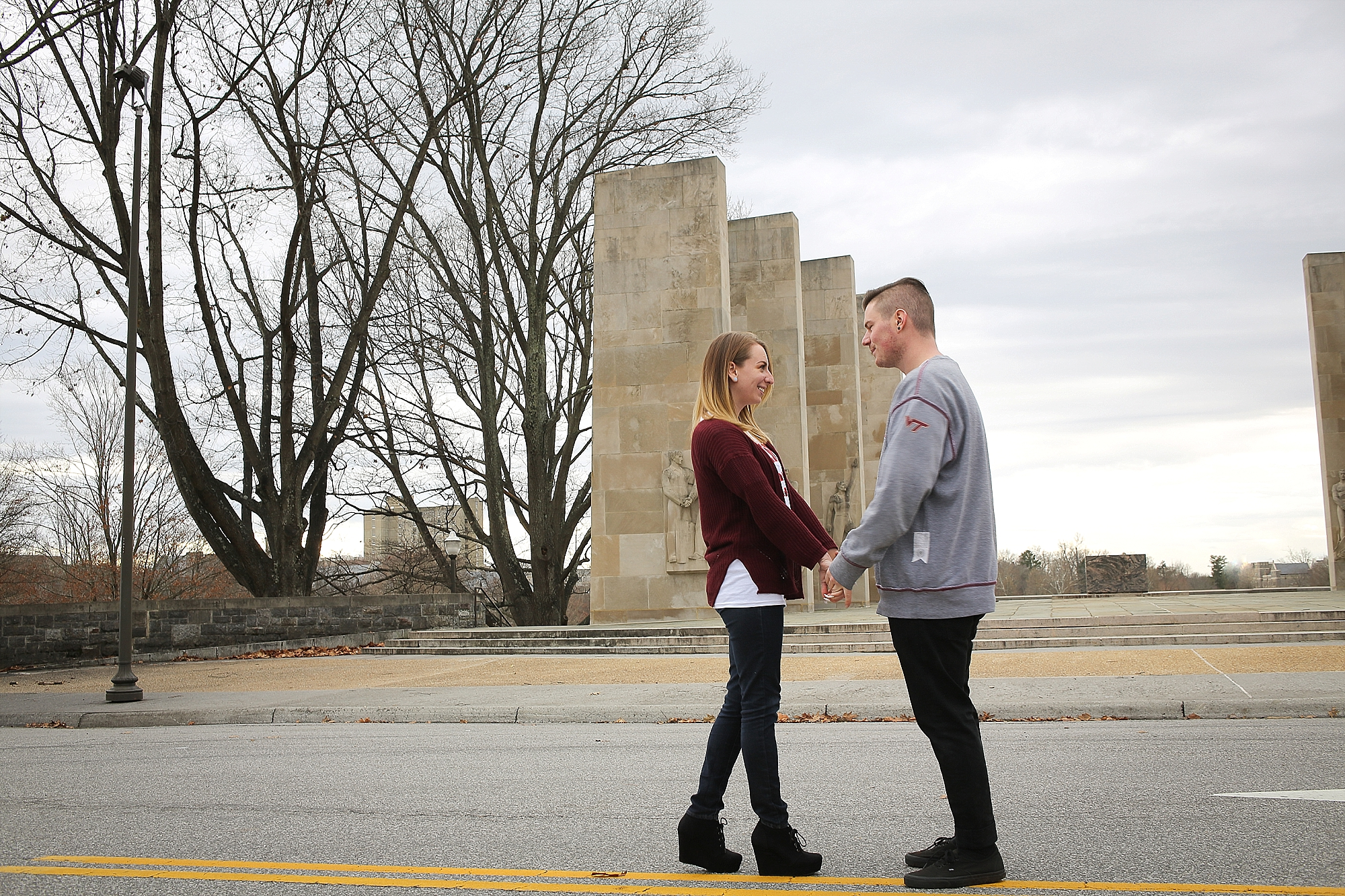 Blacksburg-Virginia-Tech-Winter-Engagement-Photos_0009.jpg